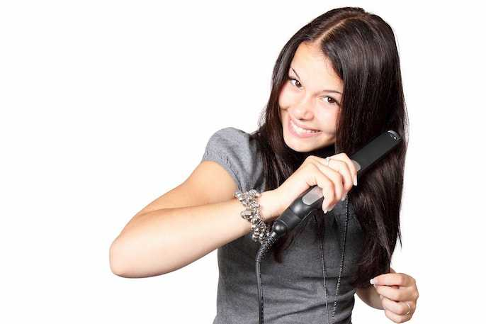 Clean Your Hair Straightener
